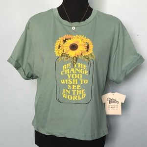 🆕Dirtee Laundry•🌻Be the Change T